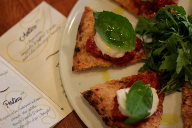 Veraitalia, pizza antica de Gennaro Nasti chez Bijou